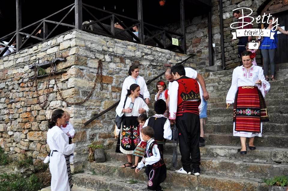Bulgarian costumes